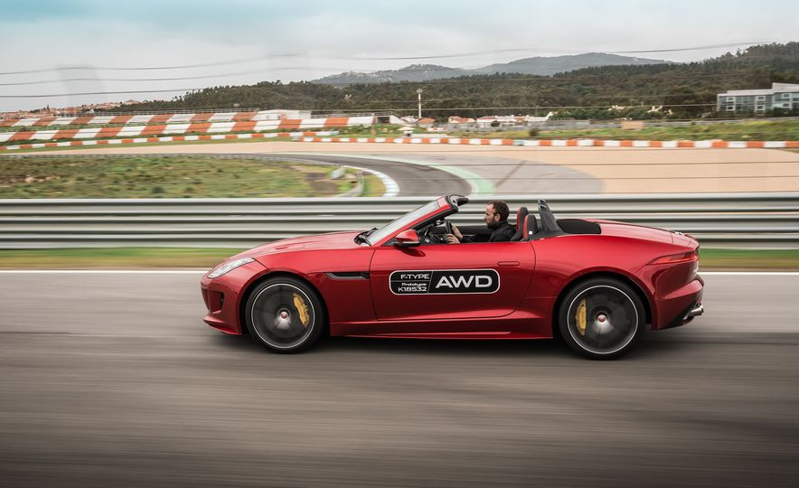 2016 Jaguar F-type roadster AWD (Euro-spec) - Slide 25