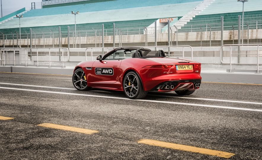 2016 Jaguar F-type roadster AWD (Euro-spec) - Slide 27