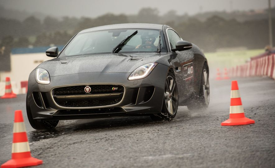 2016 Jaguar F-type roadster AWD (Euro-spec) - Slide 44