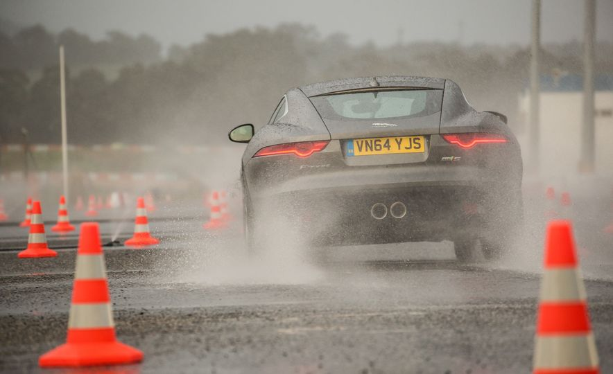 2016 Jaguar F-type roadster AWD (Euro-spec) - Slide 45