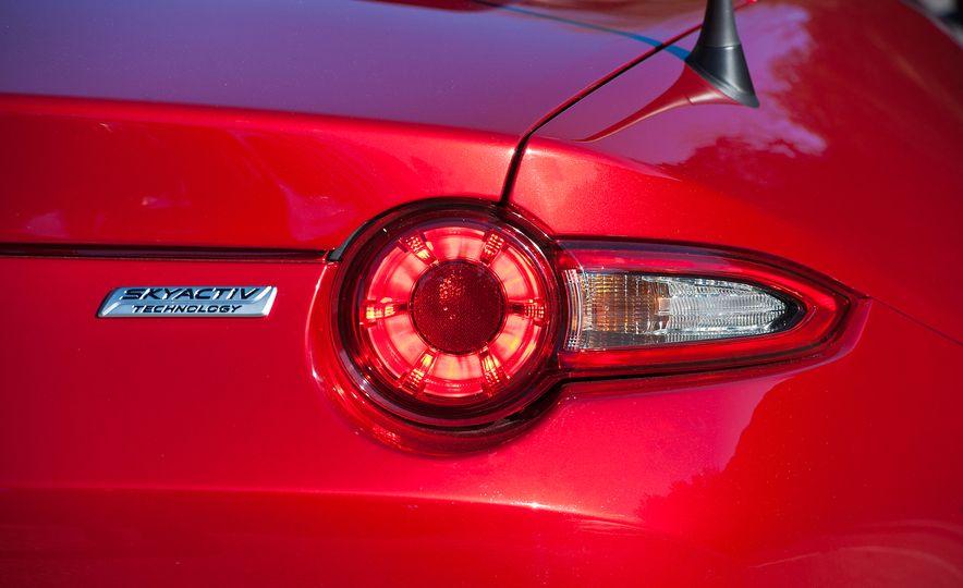 2016 Mazda MX-5 Miata (Euro-spec) - Slide 38