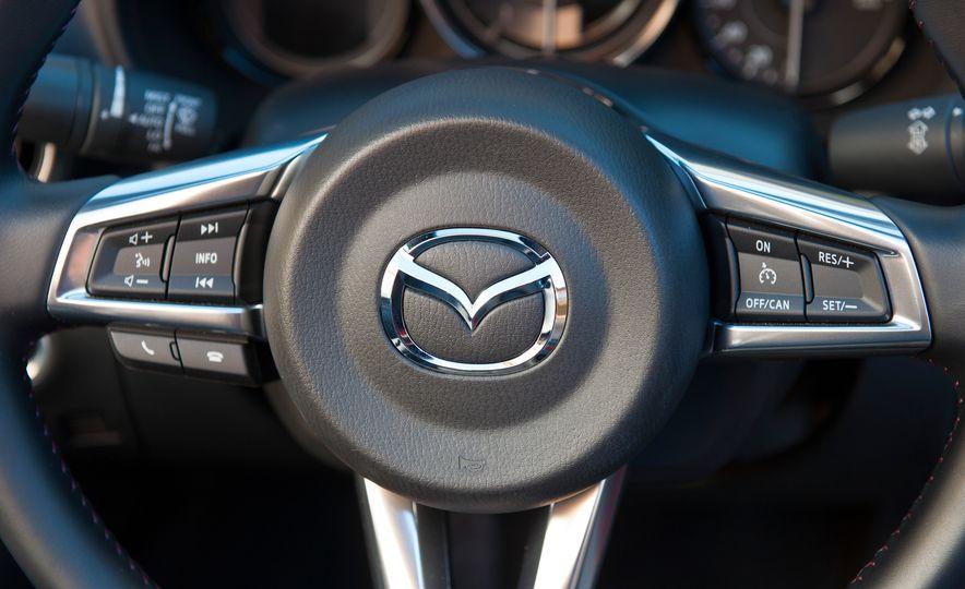 2016 Mazda MX-5 Miata (Euro-spec) - Slide 44