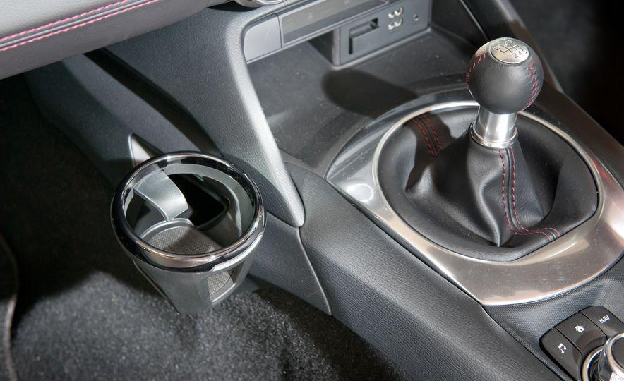 2016 Mazda MX-5 Miata (Euro-spec) - Slide 46