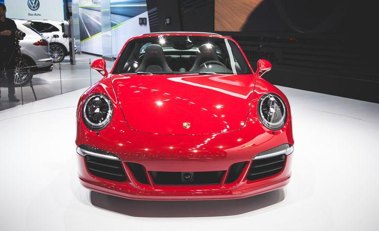 2016 Porsche 911 Targa 4 GTS: More Power for the Flip-Top – Official Photos and Info