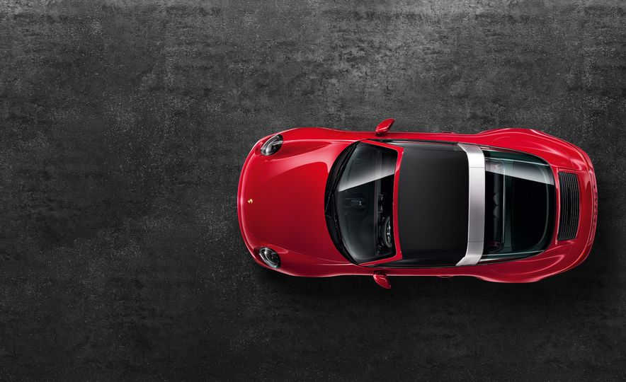 2016 Porsche 911 Targa 4 GTS - Slide 19