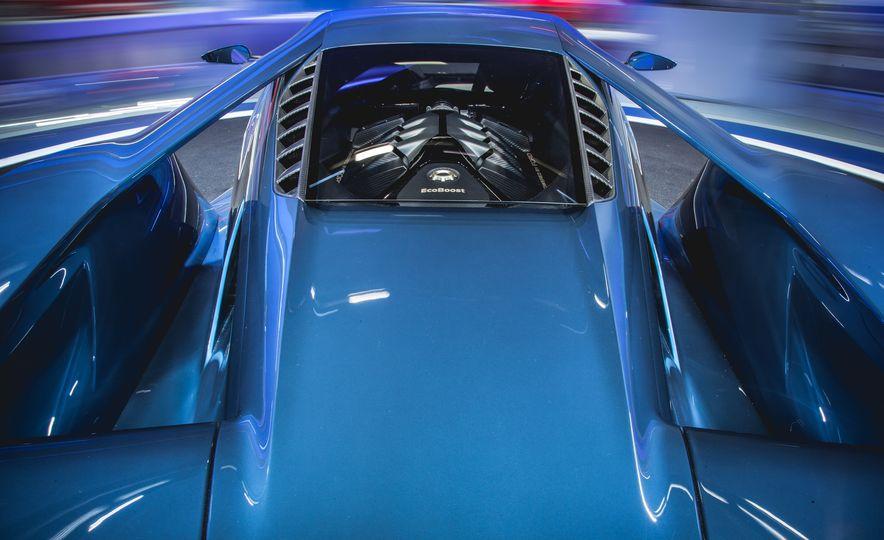 2017 Ford GT - Slide 12