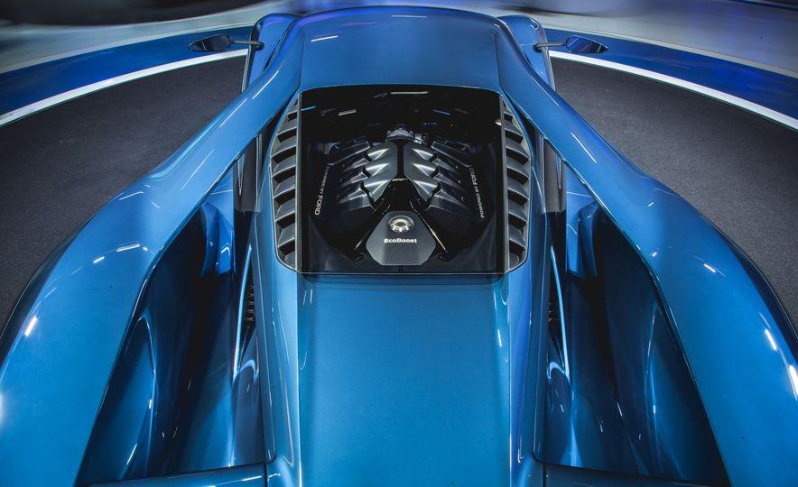 2017 Ford GT - Slide 13
