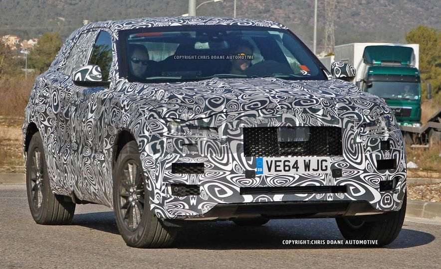 2017 Jaguar F-pace (spy photo) - Slide 1