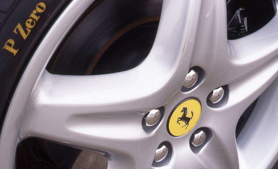 Ferrari F355 - Slide 10