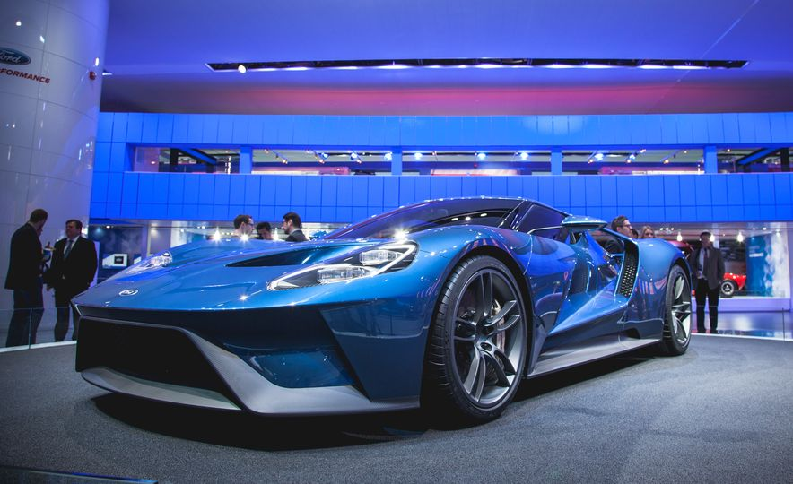 2017 Ford GT: The facts - Slide 1