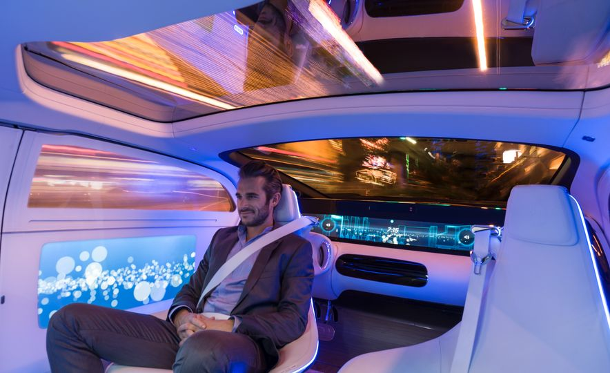 Mercedes-Benz F 015 Luxury in Motion concept - Slide 20
