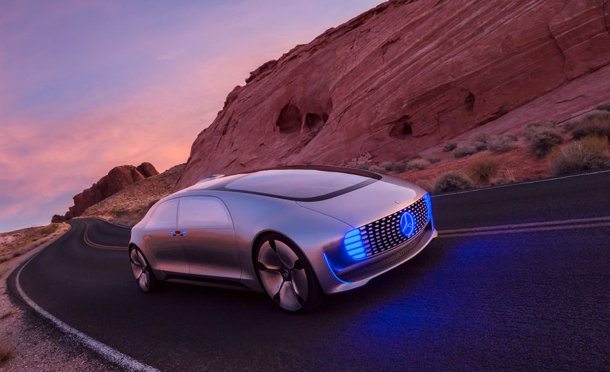 Mercedes-Benz F 015 Luxury in Motion concept - Slide 25