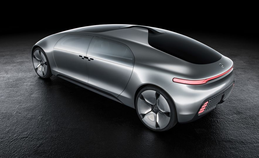 Mercedes-Benz F 015 Luxury in Motion concept - Slide 42