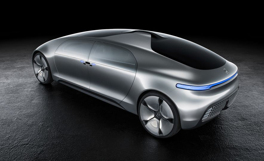 Mercedes-Benz F 015 Luxury in Motion concept - Slide 43