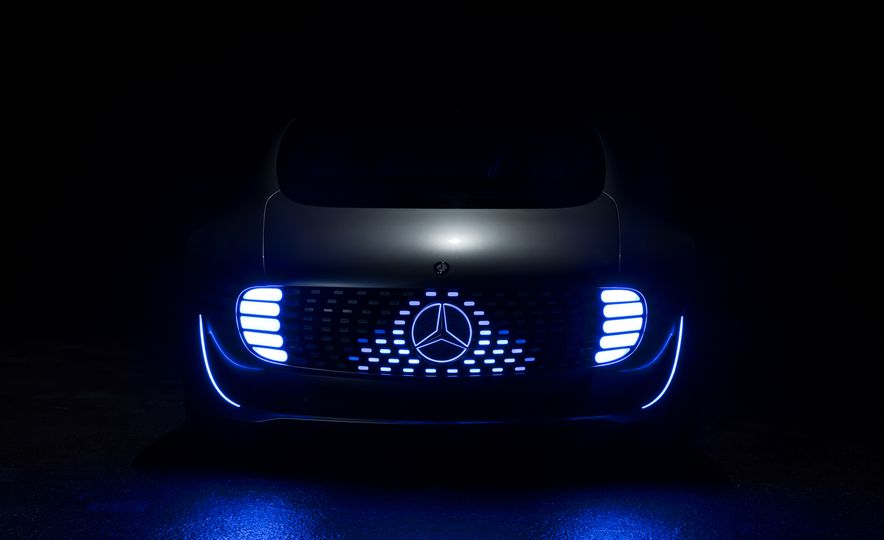 Mercedes-Benz F 015 Luxury in Motion concept - Slide 44