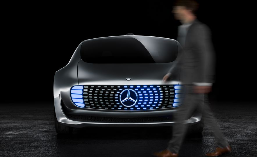 Mercedes-Benz F 015 Luxury in Motion concept - Slide 46