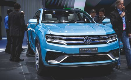 VW Cross Coupe GTE Concept Debuts, Previews New Mid-Size Three-Row SUV – Auto Shows