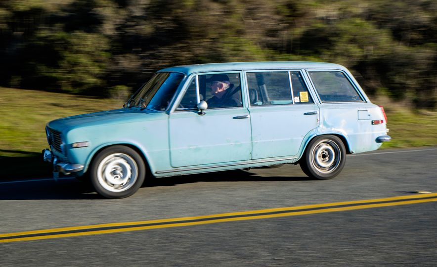 New Year, Vintage Cars: We Head Out on the 2015 Anti-Football Run Road Rally - Slide 16