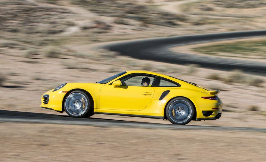 2014 Porsche 911 Turbo S, 2015 Nissan GT-R NISMO, and 2015 Chevrolet Corvette Z06 - Slide 36