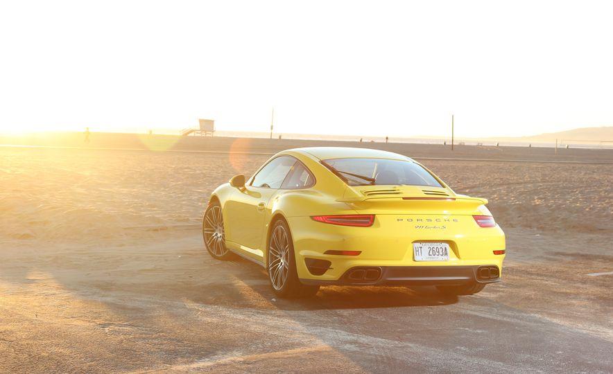 2014 Porsche 911 Turbo S, 2015 Nissan GT-R NISMO, and 2015 Chevrolet Corvette Z06 - Slide 42