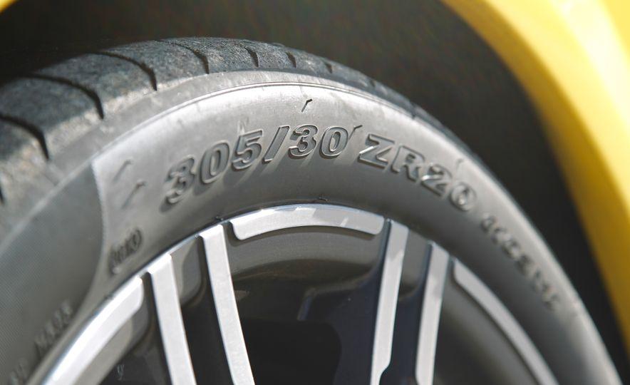 2014 Porsche 911 Turbo S, 2015 Nissan GT-R NISMO, and 2015 Chevrolet Corvette Z06 - Slide 49