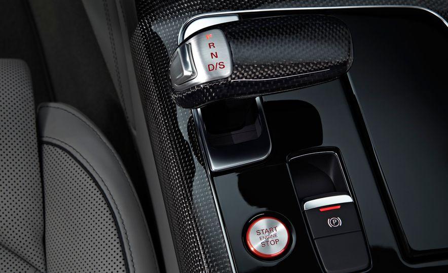 2015 Audi S8 - Slide 12