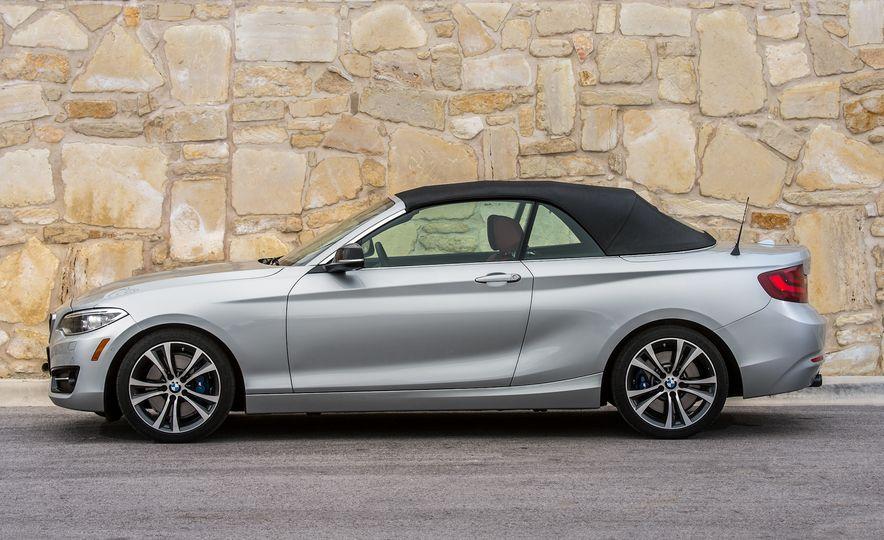 2015 BMW 228i convertible - Slide 19