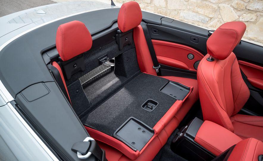 2015 BMW 228i convertible - Slide 42