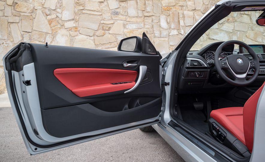 2015 BMW 228i convertible - Slide 43