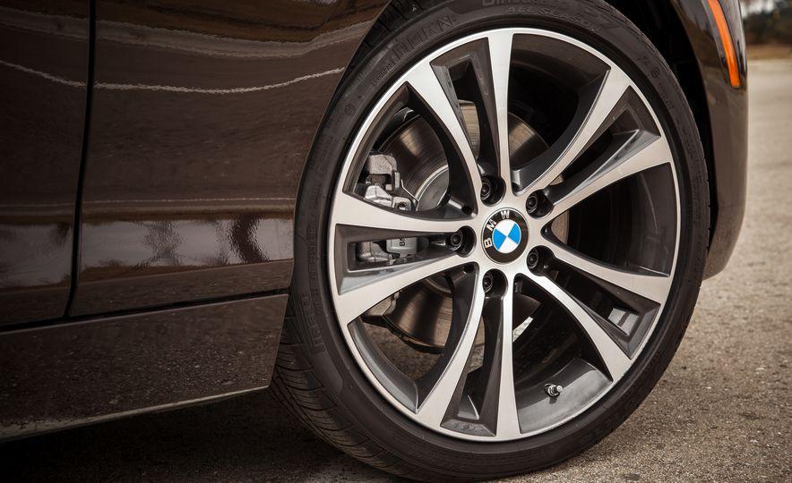 2015 BMW 228i xDrive - Slide 13