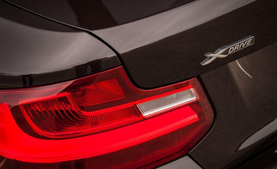 2015 BMW 228i xDrive - Slide 17