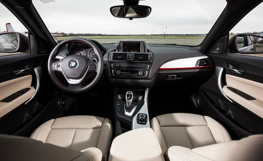 2015 BMW 228i xDrive - Slide 19