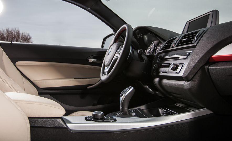 2015 BMW 228i xDrive - Slide 21