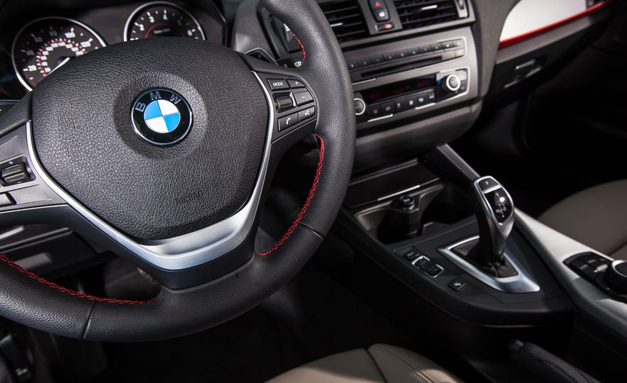 2015 BMW 228i xDrive - Slide 28