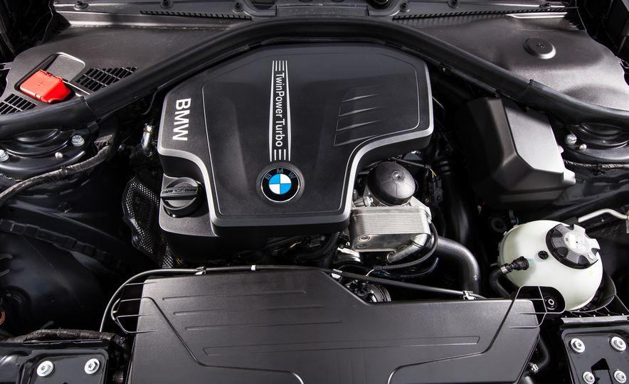 2015 BMW 228i xDrive - Slide 36