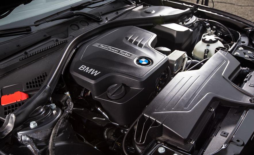 2015 BMW 228i xDrive - Slide 37