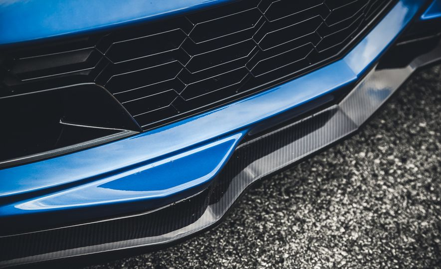 2015 Chevrolet Corvette Z06 - Slide 12