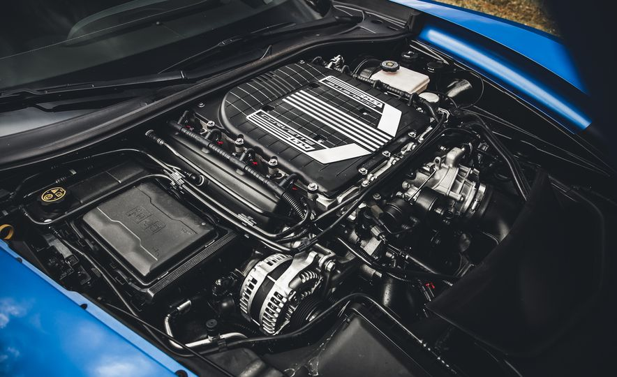 2015 Chevrolet Corvette Z06 - Slide 32