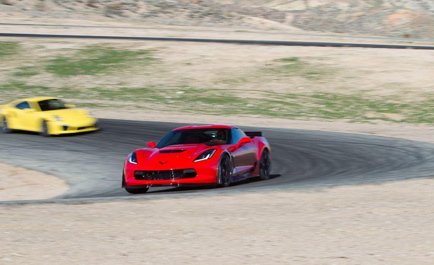 2014 Porsche 911 Turbo S, 2015 Nissan GT-R NISMO, and 2015 Chevrolet Corvette Z06 - Slide 61