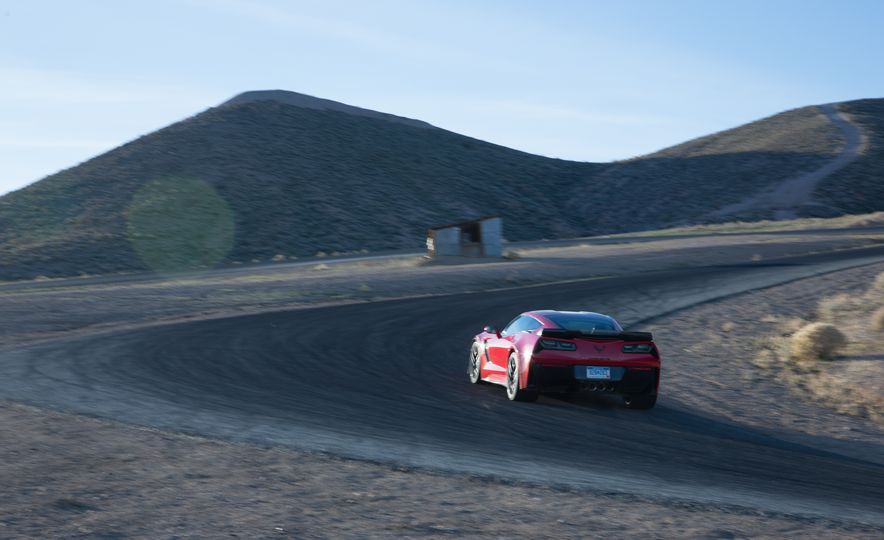 2014 Porsche 911 Turbo S, 2015 Nissan GT-R NISMO, and 2015 Chevrolet Corvette Z06 - Slide 64