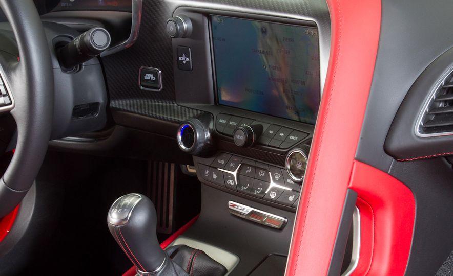 2014 Porsche 911 Turbo S, 2015 Nissan GT-R NISMO, and 2015 Chevrolet Corvette Z06 - Slide 79