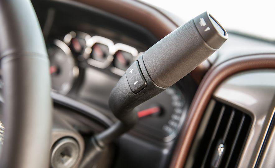 2015 Chevrolet Silverado 1500 Custom Edition - Slide 38