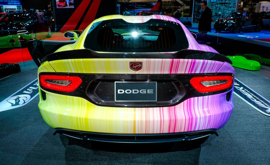 2015 Dodge Viper SRT PAAS Easter Egg Edition - Slide 7