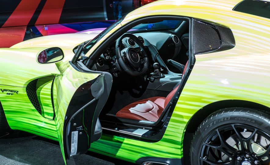 2015 Dodge Viper SRT PAAS Easter Egg Edition - Slide 9