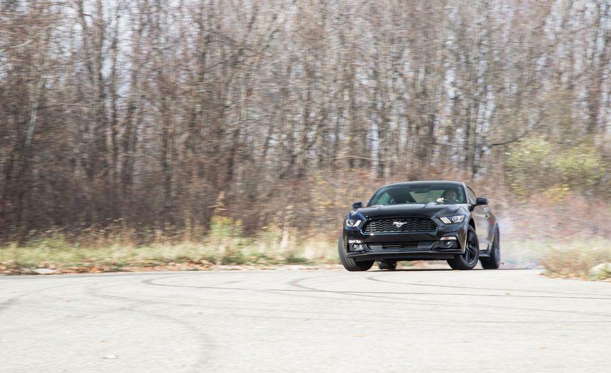 2015 Ford Mustang 2.3L EcoBoost - Slide 3