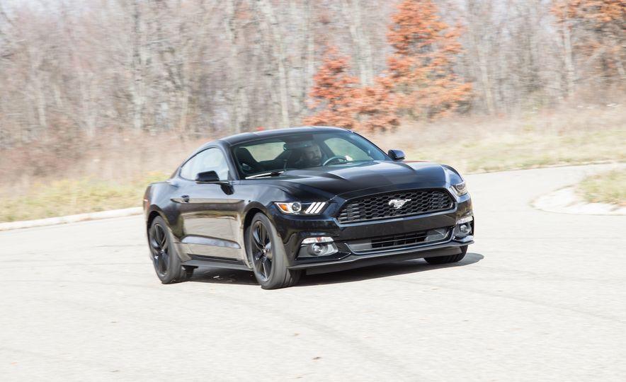 2015 Ford Mustang 2.3L EcoBoost - Slide 14