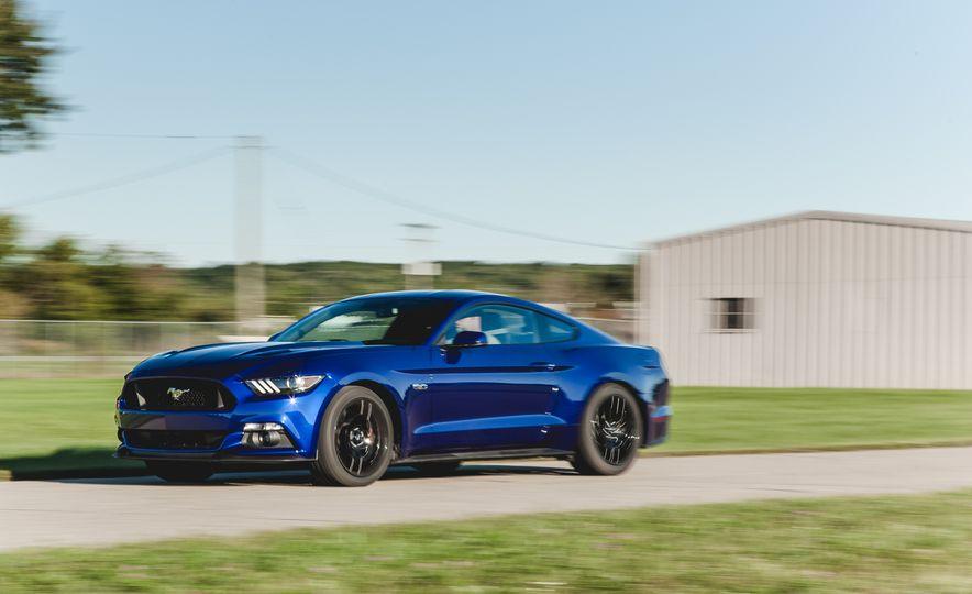2015 Ford Mustang GT - Slide 5