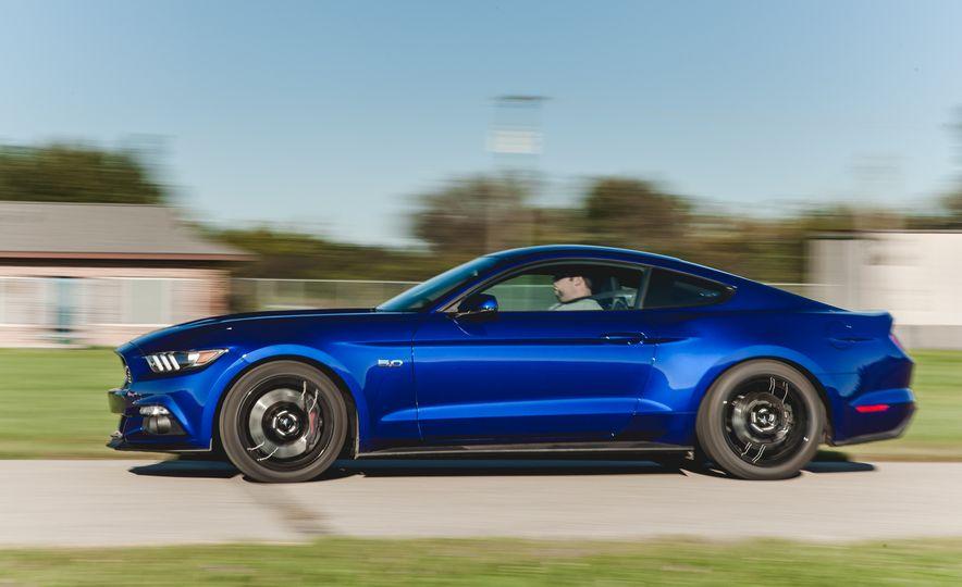 2015 Ford Mustang GT - Slide 7