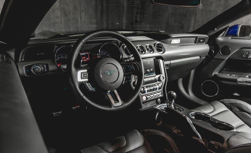 2015 Ford Mustang GT - Slide 24
