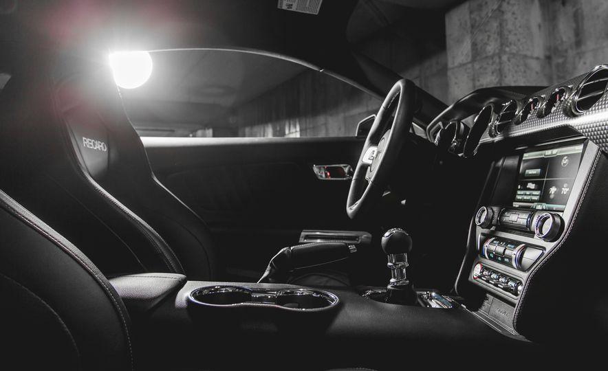 2015 Ford Mustang GT - Slide 26